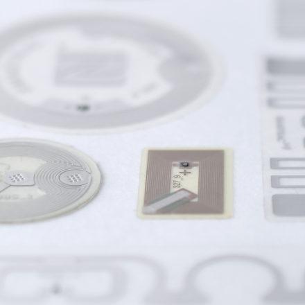 【ICタグ】チップホール加工(NFC)